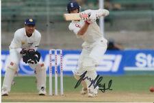 Inglaterra mano firmado James Foster 6x4 Foto Cricket 4.