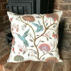 895. Hummingbird with Flowers 100% Cotton Cushion Cover Various sizes