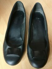 CLARKS WOMENS BLACK LEATHER SLIP ON PUMPS FLAT LOW HEEL SHOES SIZE UK 7 EU 41