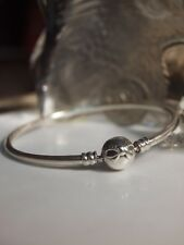GENUINE / PANDORA 925 STERLING SILVER DAINTY BOW BANGLE