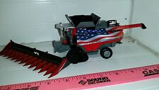 1/64 ertl farm toy custom agco massey Ferguson 9565 USA combine with tracks