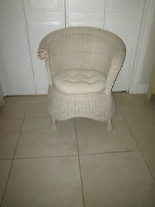 Pier One Jamaica Collection Wicker Rattan  With  Cushion   Chair Shipping Extra