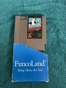 Duck Hunt - NES Nintendo Game Tested Working Rare With Funcoland Slip Cover Case