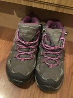 GIRLS REGATTA WALKING HIKING BOOTS TRAINERS SHOES UK SIZE 11 GREAT CONDITION