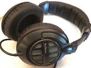 """Casque audio écouteurs filaires type """"studio"""" SkyTronic"""