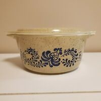 **Vintage 1970s Pyrex Homestead 1.5 QT Small round Casserole with lid #474**