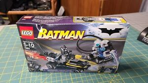 Lego 7884 Batman's Buggy The Escape of Mr. Freeze New Factory Sealed Box