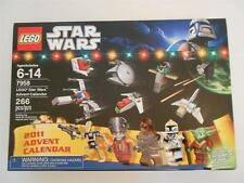 NEW LEGO 7958 STAR WARS 2011 Advent Calendar Factory Sealed YODA Santa Minifig