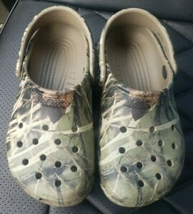Boys Crocs Real Tree Camouflaged Clogs Sandals Size J1