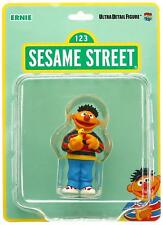 123 SESAME STREET (SESAMSTRASSE) Sammlerfigur aus Kunststoff ERNIE