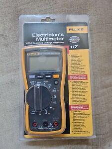 Fluke 117 True RMS Digital Multimeter with Integrated Voltage Detection *VAT Reg