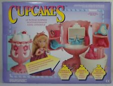 SWEAT TREAT CUPCAKES 1991 KENNER ICE CREAM SUNDAE DRESSING TABLE EUROPEAN SEALED