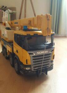 Bruder Scania Liebherr Baustellenkran