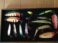GROUP OF 14 VARIOUS LURES