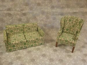 Wooden Dollhouse Miniature Padded Sofa & High Back Chair 1:12  - Pre-owned