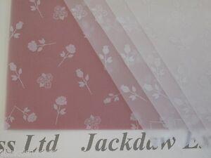 25 x A4 100gsm Printed Translucent Vellum Paper - White Roses design AM529