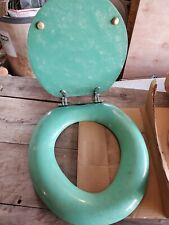 Vintage pearl green toilet seat by Gem