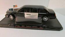 Road Signature Presidential Series 2001 Cadillac DeVille 1:24 Scale Diecast