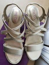 MeToo sevita 5 metallic sandal platinum US size 7.5 M
