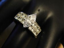 Beautiful Womens Cocktail Sterling Silver 925 CZ Ring Size 8.5