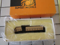sunset models black painted powered brass engine HO scale