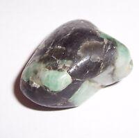 65 ct echter indischer Smaragd  Trommelstein, Heilstein, Edelstein