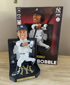 "DEREK JETER New York Yankees ""Matted Retired Jersey"" EXCLUSIVE Bobblehead NIB!"