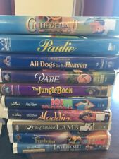 LOT OF 10 FAMILY & CHILDRENS MOVIES VHS TAPES IN CLAM SHELL CASES B56