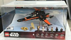 Lego STAR WARS Store Display POE'S X WING FIGHTER 75102 with Mini Figures