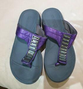 Clarks Wave walk Toe post Sandals Size 5