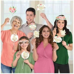 Amscan Floral Baby Photo Props (13 Ct)