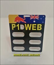 "1:18 Pitboard Formula 1 Mark Webber Red Bull Silverstone 2012 ""P1""to minichamps"