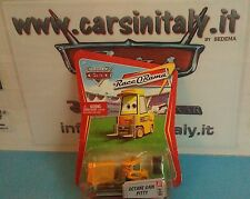 Octane Gain Pitty - Cars Disney Pixar Serie Raceorama bl.68 Mattel scala 1-55
