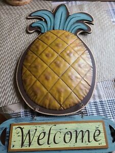 """Vintage Folk Art Welcome Pineapple Sign - 20"""" Tall -NICE! Made of wood and Metal"""