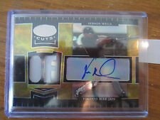 2004 LEAF CERTIFIED CUTS VERNON WELLS GOLD AUTO/JERSEY 10/10
