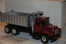 1/50 Conrad Truck Mack 3 Axles