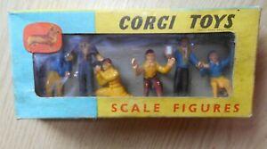 Corgi Toys 1504 Silverstone Press Officials Set of 6 figures boxed