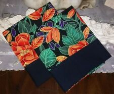 COUNTRY COTTAGE SET OF 2 BEAUTIFUL TROPICAL BRIGHT ORANGE FLOWERS PILLOWCASES