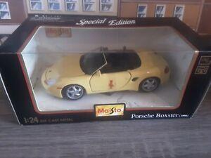 Maisto 1/24 Diecast Metal Porsche Boxster 1996