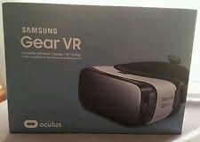 * NEW * Samsung Gear VR Oculus SM-R322 * White * Galaxy S6 S7 EDGE