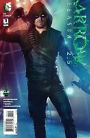 Arrow Season 2.5 #11 DC Comic 1st Print 2015 NM ships in t-folder