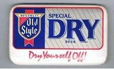Heilemans Old Style Special Dry Beer Pinback Button Brewery Bar Advertising Cool
