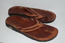 08f77470fc34 CHACO Mens Brown Leather Thongs Sandals size 13