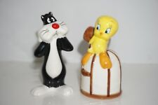 sylvester and tweety bird Salt And Pepper Shakers. 2002