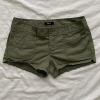 Express Womens Shorts Green Size 4