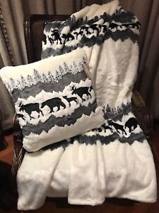 Well Dressed Home Faux Fur Woodland Lodge Throw Blanket & Matching Pillow