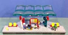Playmobil -- Pièce de rechange --Grand quai de gare 4382 --