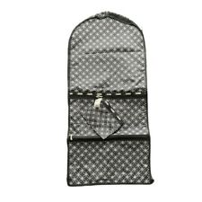 LeSportsac Travel Wardrobe Hanging Garment Bag Black Nylon