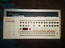 Roland TR-09 Rhythm Composer Drum Machine (Boutique 909) Boxed Good Condition