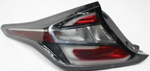 OEM Chevrolet Volt Left Driver Side Tail Lamp Lens Chip